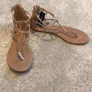 707e02cc0fcedb Gold Express sandals